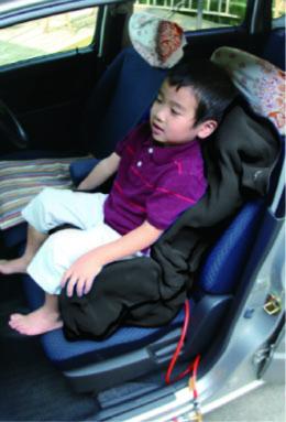 乗用車のシートに合わせたカーシートの製作も楽々